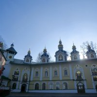 Псково-Печерский монастырь... :: Владимир Павлов