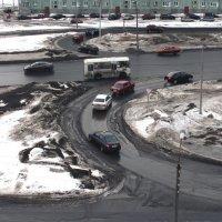 Северодвинск. Весна грязна, но к лету будет чисто... :: Владимир Шибинский