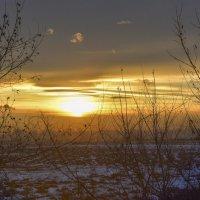 10 - е Марта, весенний закат. :: юрий Амосов