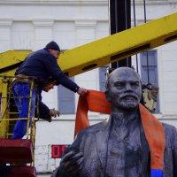 Последний шарфик Вождя... :: Алексей Климов