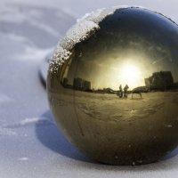 Золотой шар :: Сергей Вахов
