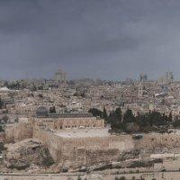 Панорама Иерусалима под дождем :: susanna vasershtein