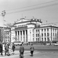 Новосибирск. Дом Ленина. 1958 :: Олег Афанасьевич Сергеев