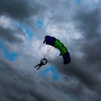 парашютист :: Alexey Gayun
