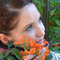 Девушка-осень :: Татьяна Конькова