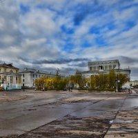 Воркута. Площадь Мира. :: Николай Емелин