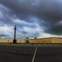 Дворцовая площадь 2 :: Александр Неустроев