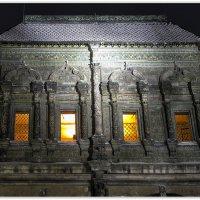 Фрагмент фасада здания в Крутицком подворье. :: Александр Назаров