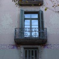 Окна Барселоны :: Марина Домосилецкая