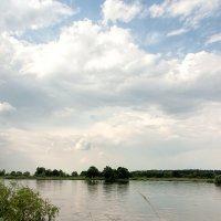 Река и облака :: Константин Диордиев