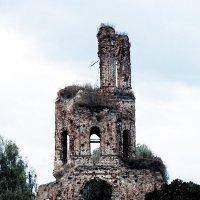 А была церковь.... :: Валерий Баранчиков