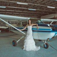Невеста на  аэродроме :: Елена Сорокина