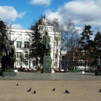 Памятник писателю А. А. Фадееву скульптурная композиция :: Владимир Прокофьев