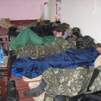 Они оказываются не нужны стране, которой давали присягу.... :: Алексей К
