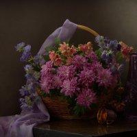 Чуть горек аромат у хризантем ... :: Natali K