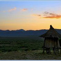 Рассвет над долиной :: Евгений Печенин