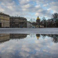 На Дворцовой площади :: Владимир Горубин
