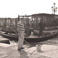 Гондольер, Венеция :: Екатерина Мальчикова