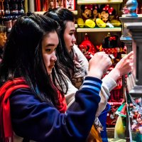 ...в магазине Диснейленда (Гонконг) :: Сергей Андрейчук