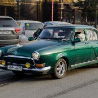 Старый автомобиль :: Сергей Черепанов