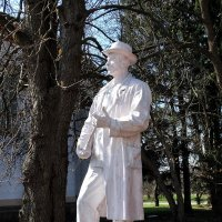 Скульптура на ВДНХ-Экспоцентр в Киеве-3 :: Владимир Бровко