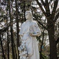 Скульптура на ВДНХ-Экспоцентр в Киеве-5 :: Владимир Бровко