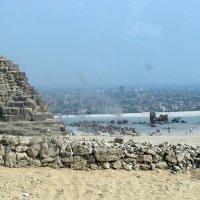 Город от пирамид :: Валерий Викторович РОГАНОВ-АРЫССКИЙ