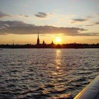 Река и  крепость. :: Владимир Гилясев