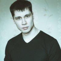 Автопортрет. :: Кирилл Горшков