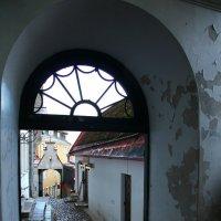 Старые дворы :: Елена Федорова