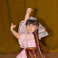 Танец :: Дмитрий Иванцов