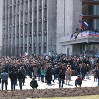 Провозглашение Донецкой народной республики. 7 апреля 2014 :: Юлия Талалай