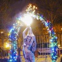 В новогоднем парке :: юрий Амосов