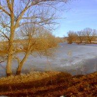 Мартовский закат на реке :: Эркин Ташматов