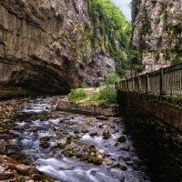 Горная река :: Дмитрий Рыжков