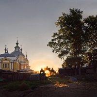 Рассвет в Устье :: Валерий Талашов