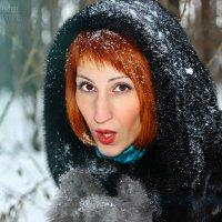 Снег на ладонях :: Наталья Первова
