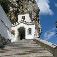 Вход в пещерный монастырь (Бахчисарай) :: Юрий Яловенко