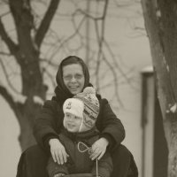 а мы с мамой на санях.. :: Stukalova Anna Stukalova
