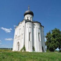 Храм Покрова на Нерли :: Владимир Клюев