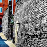 Очень старая стена... :: Александр Морозов