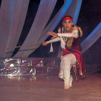 Танец :: Дмитрий Учителев