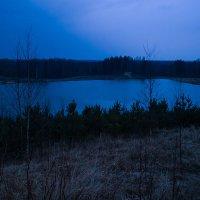 Вечернее озеро :: Денис Бажан
