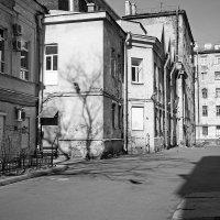 Во дворах Петербурга :: Anton Lavrentiev
