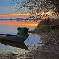 Закат на реке. :: Марина Соколова