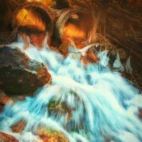 "Речушка с водопада ""серебряные струи"" :: Солнечная Лисичка =Дашка Скугарева"