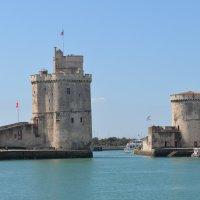 Замок Ля Рошель, Франция :: Ирина Краснобрижая