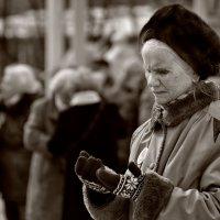 Уже не та -  в любой одежде… :: Ирина Данилова