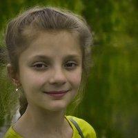 Портрет в зеленых тонах :: Владимир Бегляров