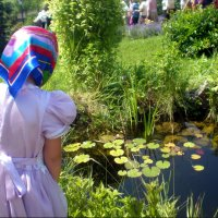 Девочка у пруда :: Татьяна Пальчикова